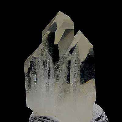 Quartz Cluster Properties and Meaning