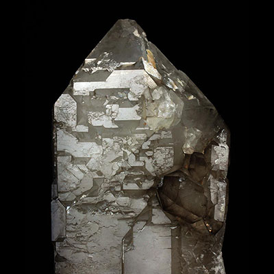 Elestial Quartz Elestial Quartz Properties and Meaning Example Photo 12