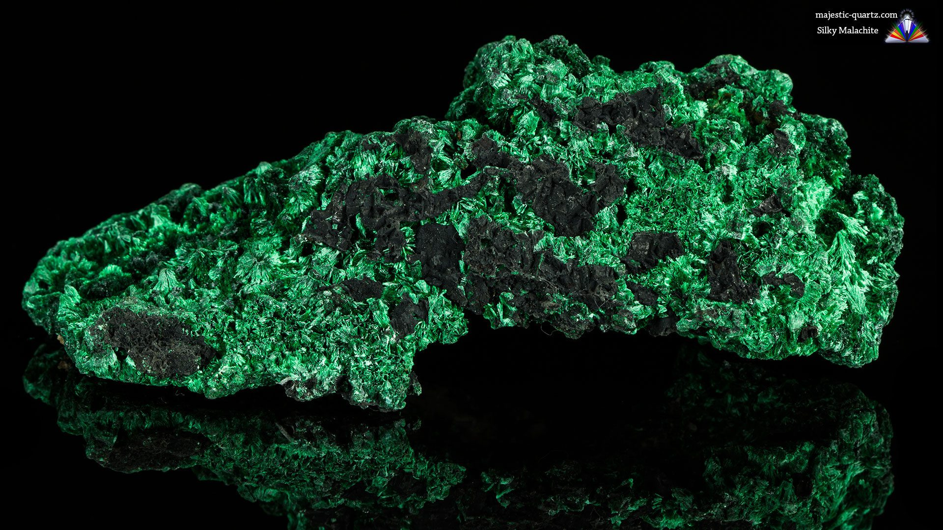 Malachite Properties and Meaning - Photograph By Anthony Bradford