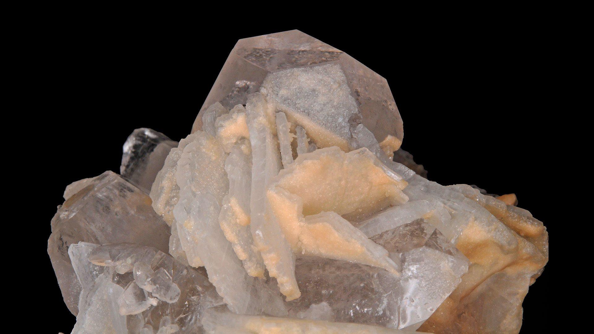 Morganite Crystal Specimen - Photograph by Parent Géry