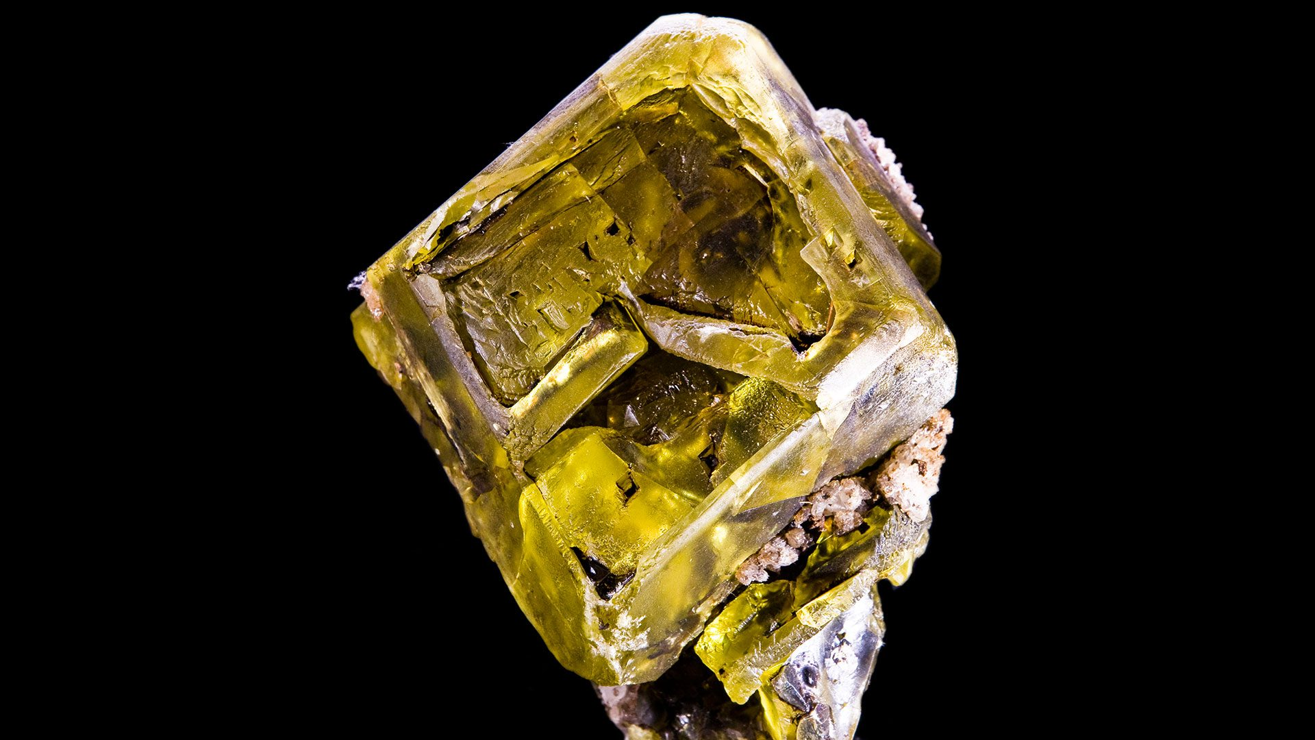 Sulfur Crystal Specimen - Photograph by Didier Descouens