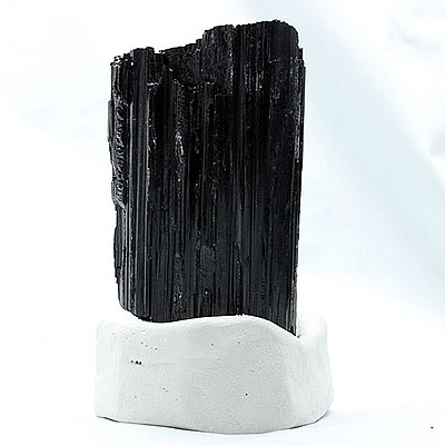 Black Tourmaline Properties and Meaning