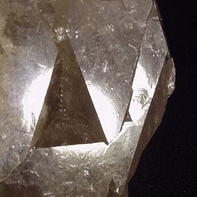 Quartz Doorway Properties and Meaning