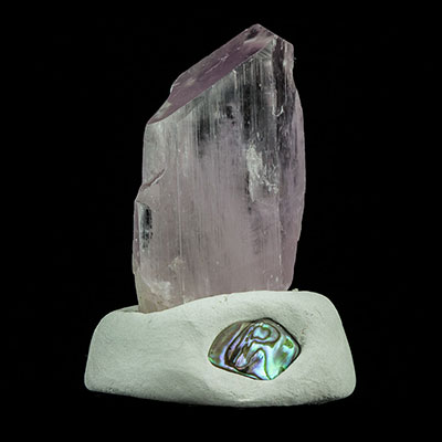 Kunzite Properties and Meaning