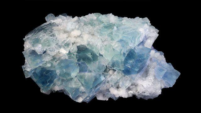 Blue Fluorite Cluster Crystal Specimen - Mineral Specimen - Photograph by Didier Descouens