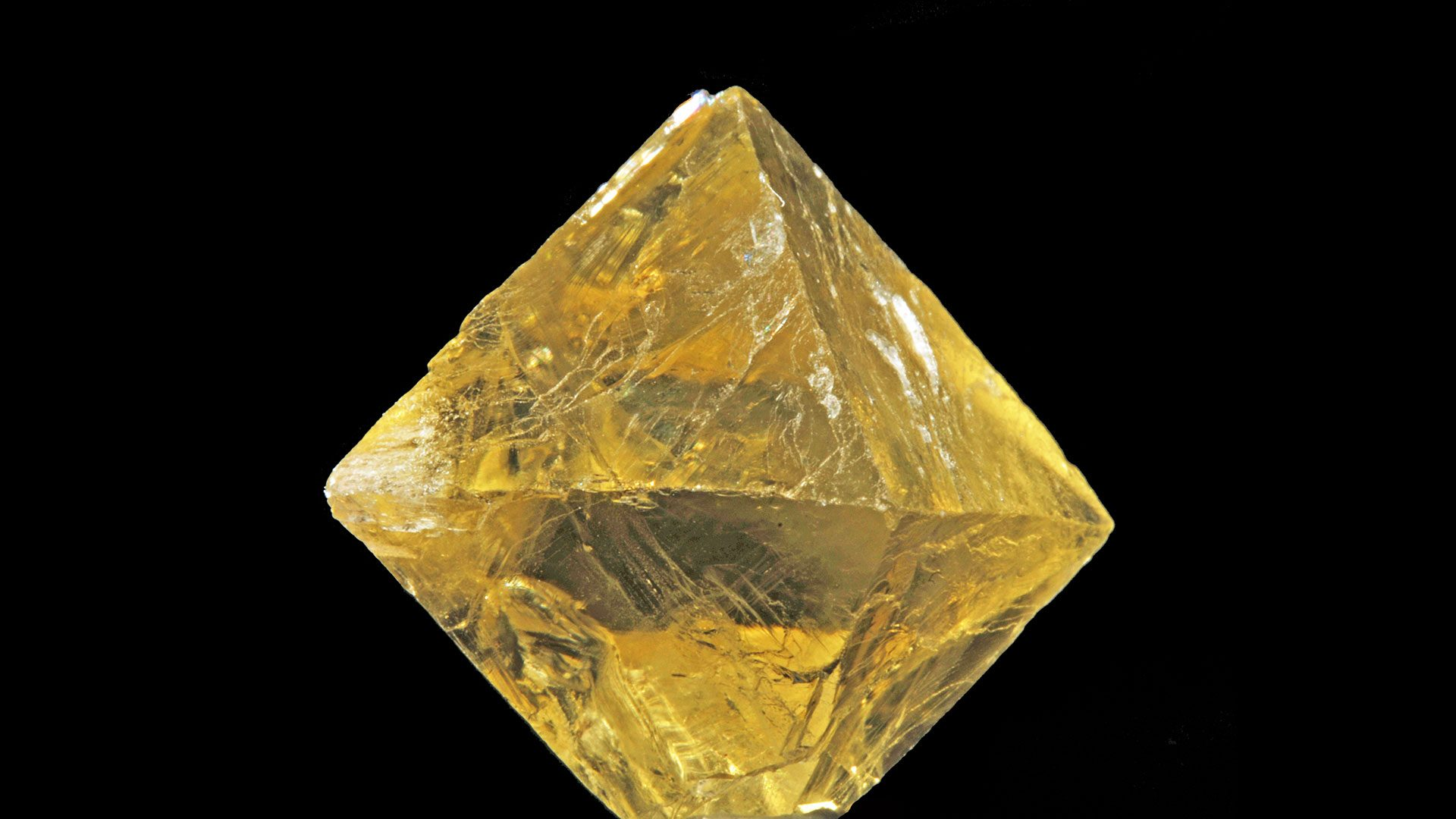 Gold Fluorite Properties and Meaning - Photograph by Parent Géry