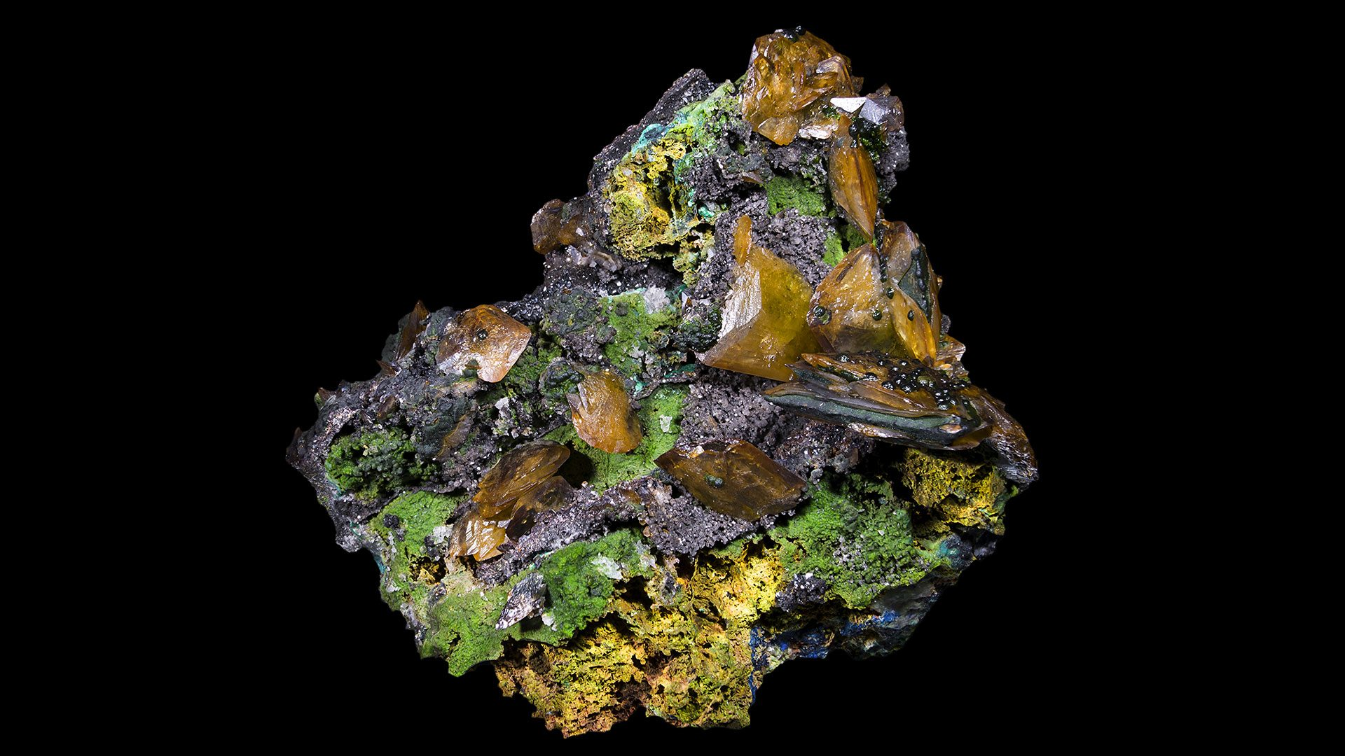 Wulfenite Properties and Meaning - Original Photograph by Didier Descouens